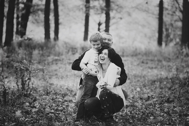 candid family photographer, family photography, Glen Ellyn, Wheaton, Winfield, Naperville, IL